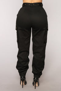 Cargo Chic Pants - Black Angle 6