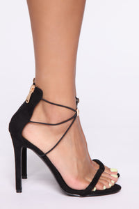 Differences Heeled Sandals - Black