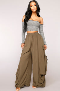 Changing Seasons Pants - Olive
