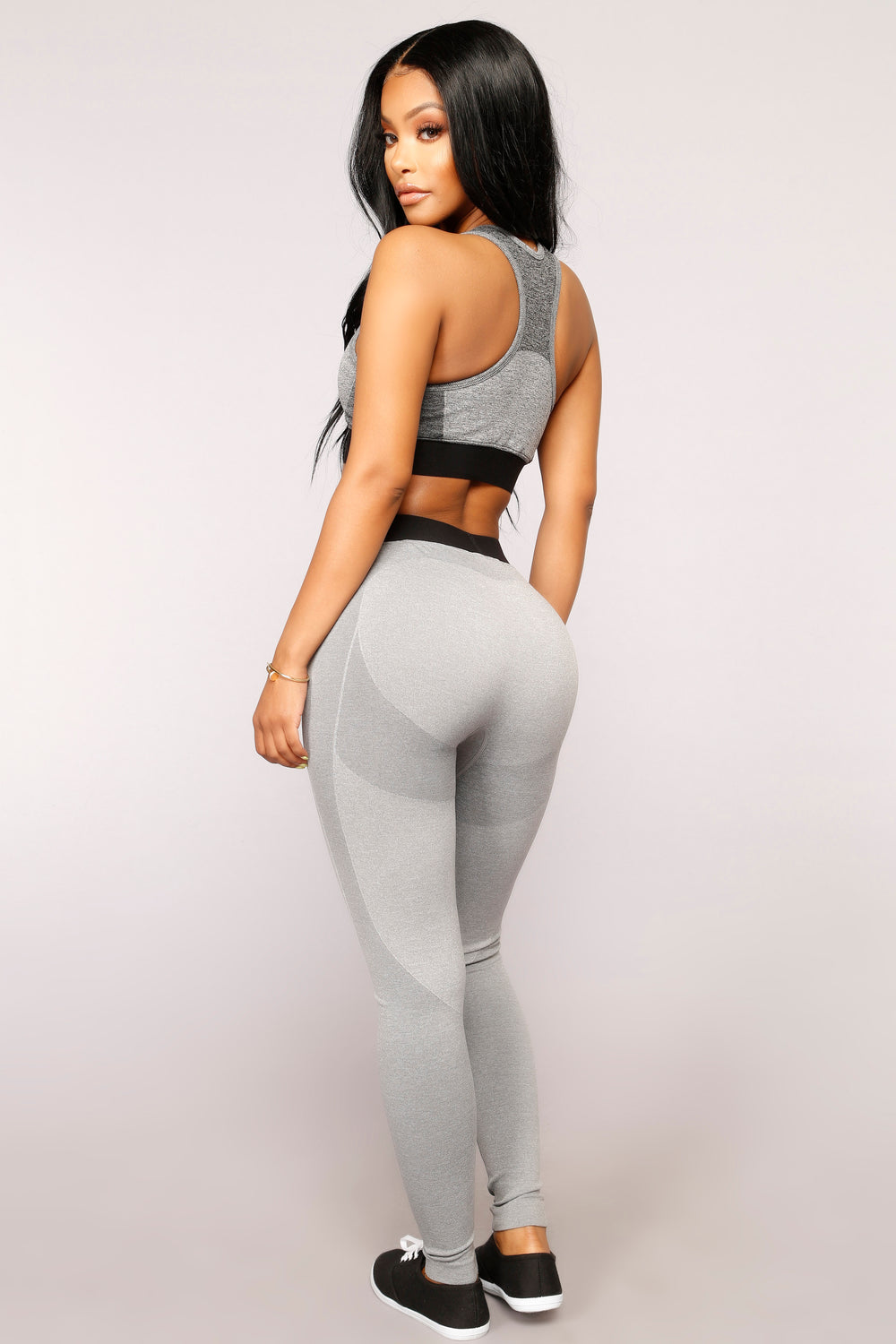 Win The Race Seamless Active Sports Bra - Grey
