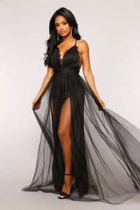Work The Runway Maxi Dress - Black