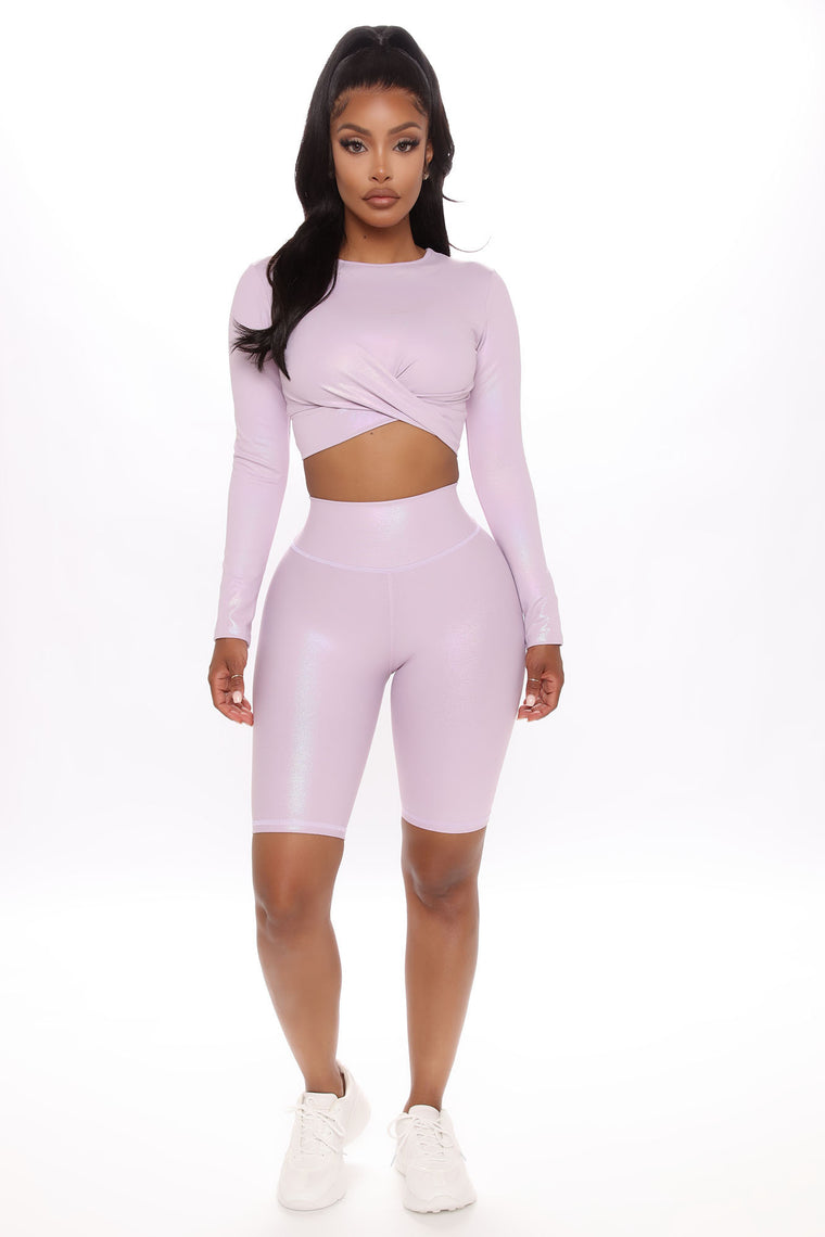 Shine Bright Active Biker Short In Shimmer Lux - Lilac