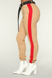 Jessa Belted Joggers - Tan/Red