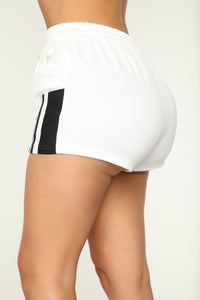 Aubree Active Short Set - White/Black