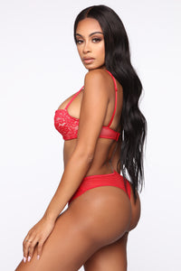 On The Balcony Lace 2 Piece Set - Red