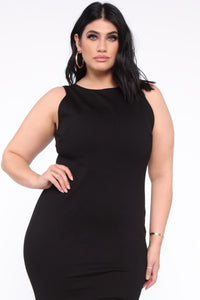 Melinda Body Sculpting Midi Dress - Black Angle 7