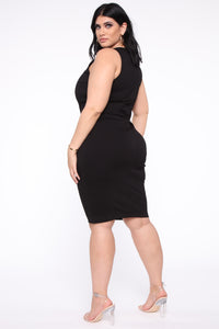 Melinda Body Sculpting Midi Dress - Black Angle 8
