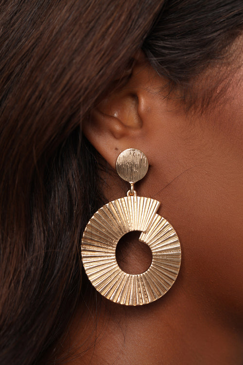 According To The Facts Earrings - Gold
