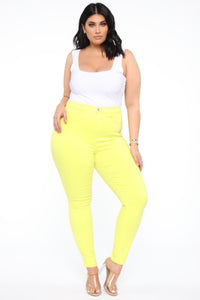 Eva Super Soft Curvy Skinny Jean - Yellow Angle 8