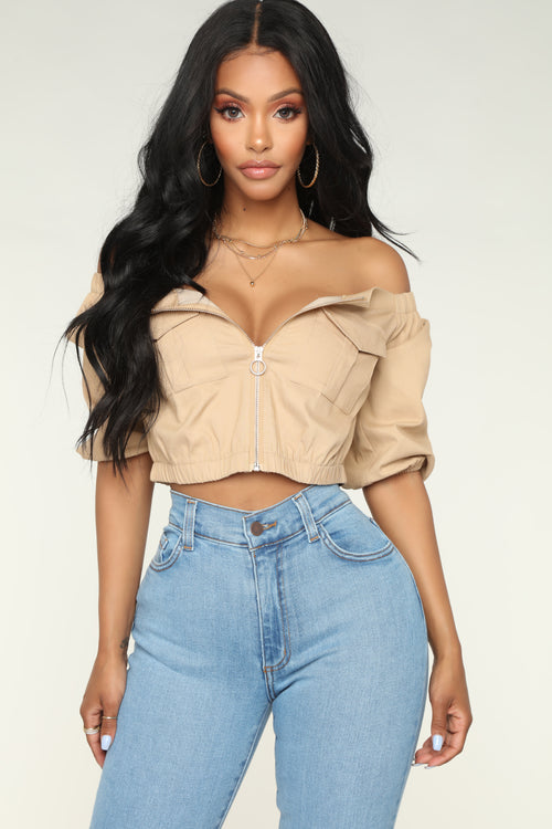 01ebe40b14c34a Leading The Troops Off Shoulder - Khaki