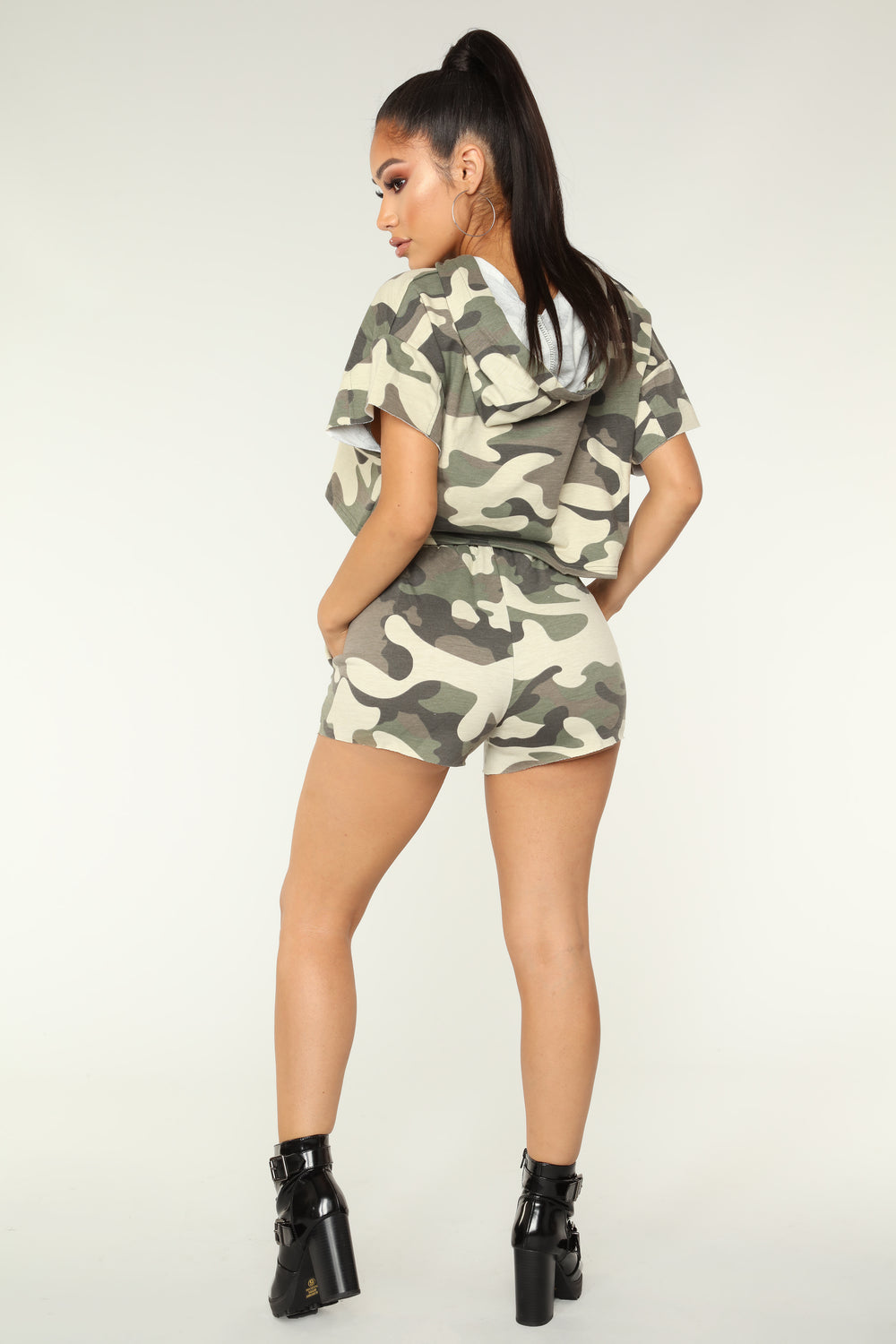 Mila Athleisure Set - Light Olive