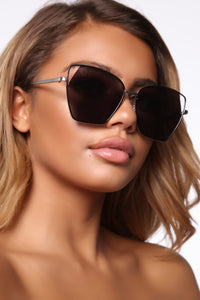 Dreaming Away Sunglasses - Black