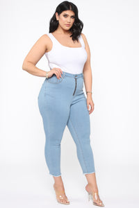 Can't Handle Me Zip Front Ankle Jeans - Light Blue Wash