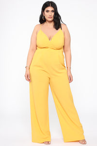 Santa Monica Bae Jumpsuit - Yellow Angle 1