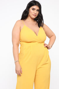 Santa Monica Bae Jumpsuit - Yellow Angle 3