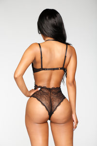 Sexual Healing Lace Teddy - Black Angle 3