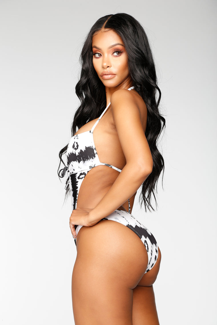 Coast To Coast Monokini - Black/White