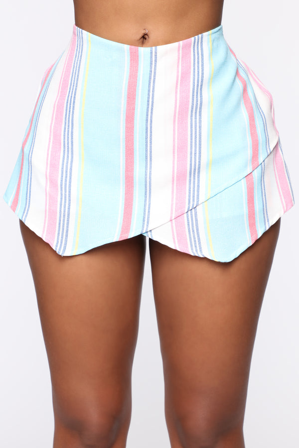 5594c39dc5 Skirts for Women - Shop Online for the Perfect Skirt