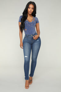 Smile On Your Face Skinny Jeans - Medium Blue Wash
