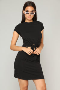 Knot Your Basic Dress - Black