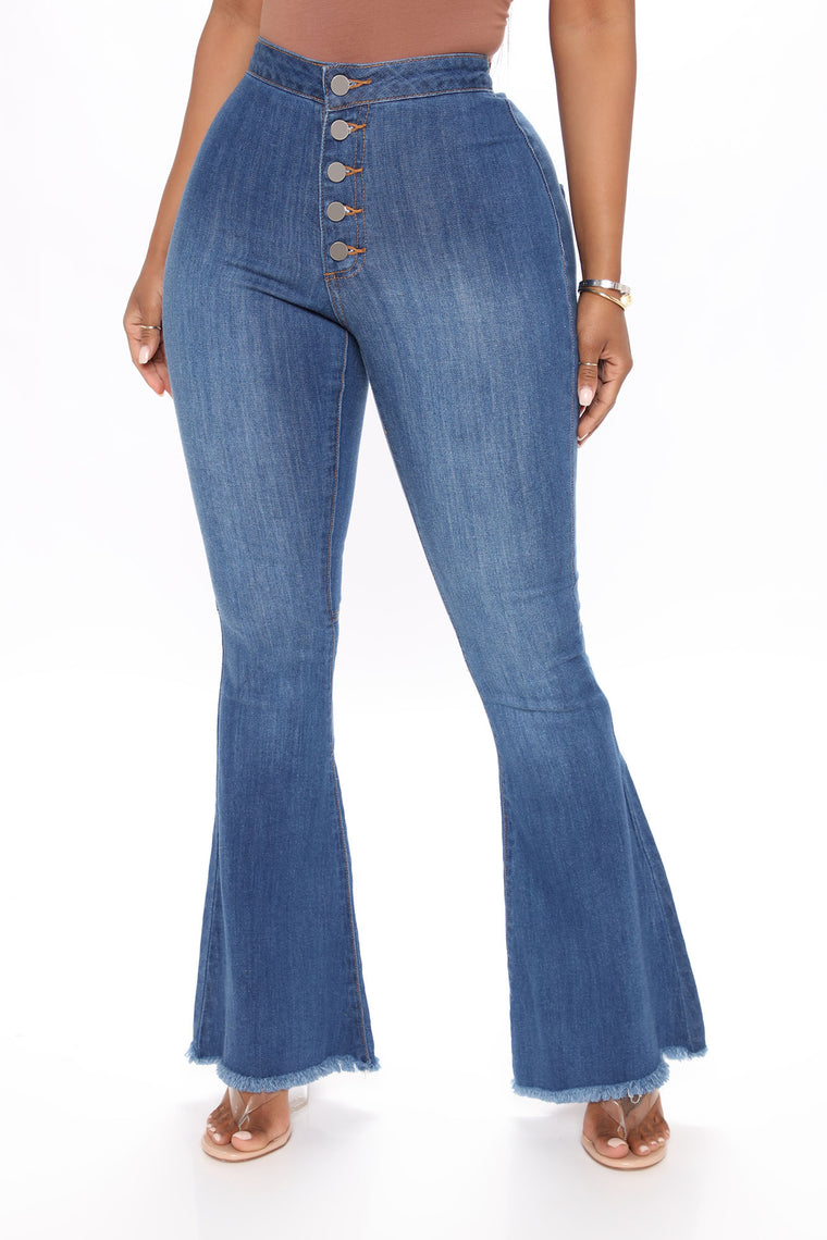 Without A Care Flare Jeans - Medium Blue Wash