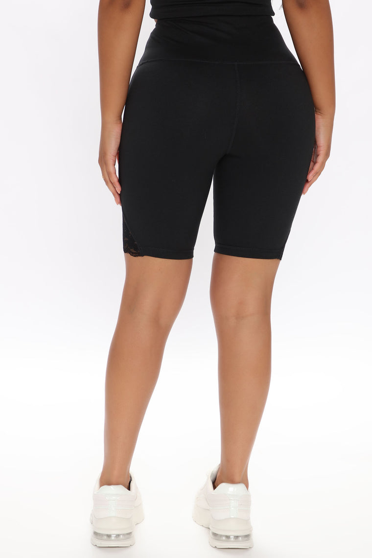 Strength In Me Active Biker Short In Power Flex - Black