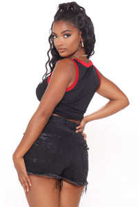 Hustle Game Crop Top - Black/Red Angle 4