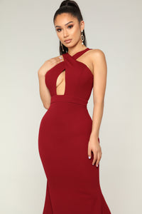 Issa Queen Dress - Burgundy