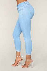Forever Mine Booty Lifting Jeans - Light Wash