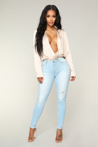 No Muffin Top Ankle Jeans - Light Blue Wash Angle 1