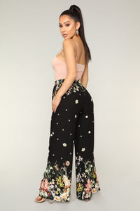 Beyond the Border Print Pants - Black