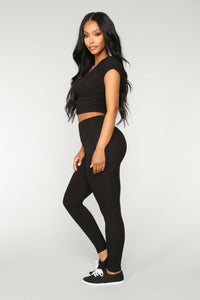 Let The Adventure Begin Leggings - Black
