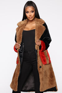 Bound To You Faux Fur Coat - Black/Brown Angle 2