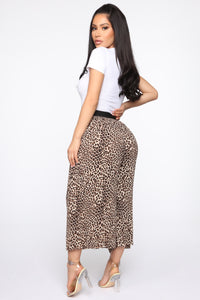Pretty And Wild Pleated Pants - Tan/Multi Angle 6