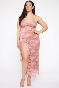 A Night In Tokyo Lace Dress - Mauve Angle 5
