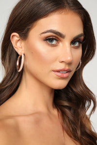 Meet Me In The Middle Hoop Earrings - Rose Gold