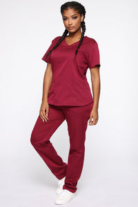 Wellness Scrub Set - Burgundy Angle 3