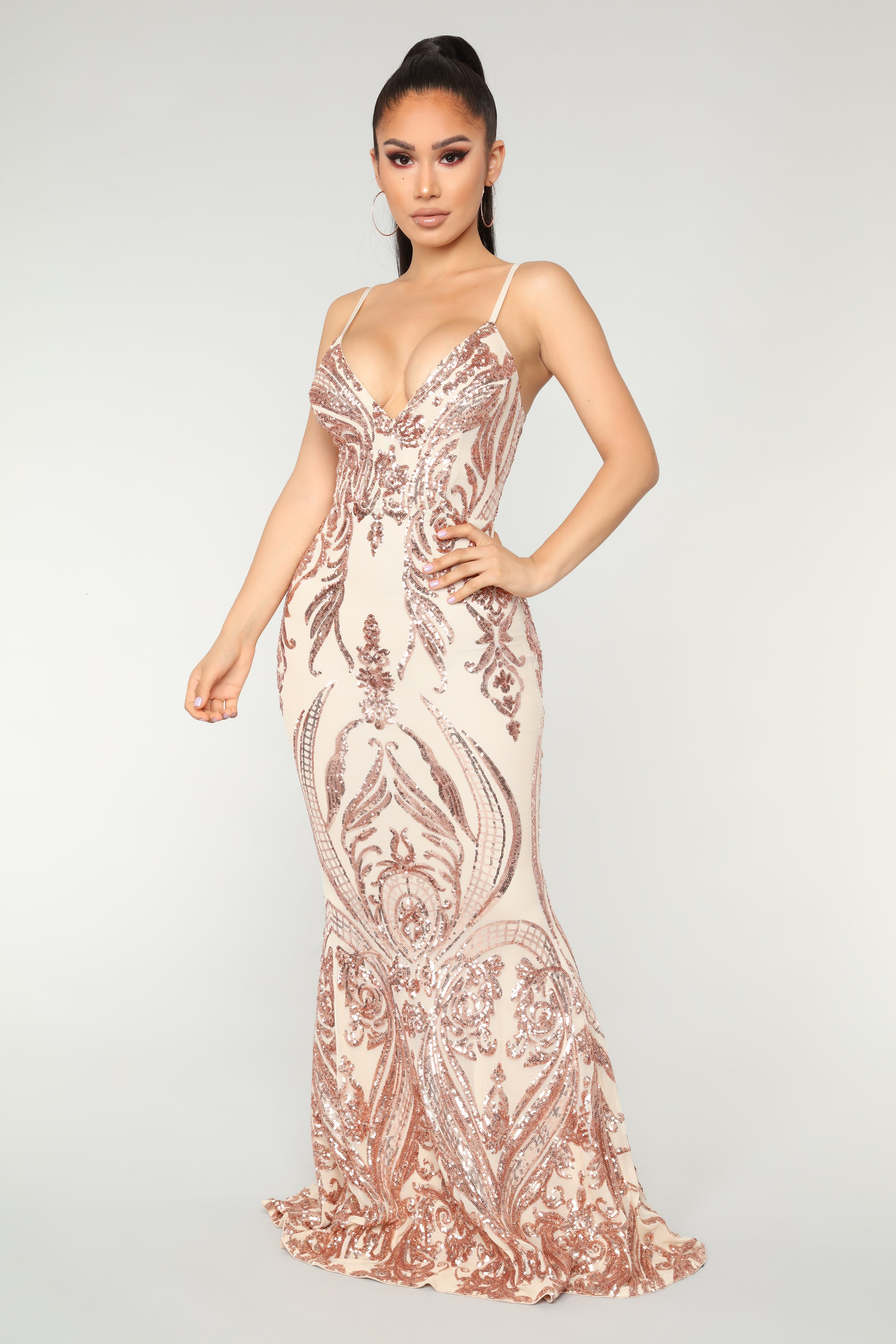 queen of love dress  rose gold