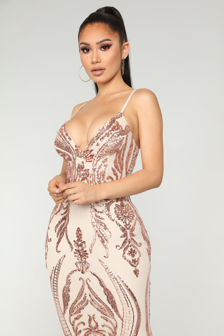 Queen Of Love Dress - Rose Gold