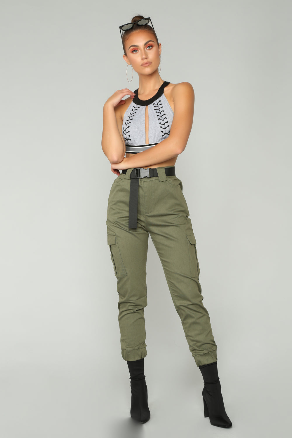 Woman In Charge Cargo Jogger - Olive