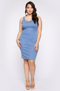 Calling My Phone Denim Midi Dress - Medium Wash Angle 5