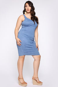 Calling My Phone Denim Midi Dress - Medium Wash Angle 8