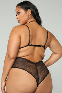 Sexual Healing Lace Teddy - Black Angle 6