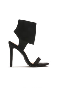 Bond Babe Heel - Black Angle 2