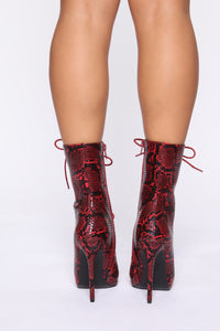 Lady Danger Boots - Red Snake