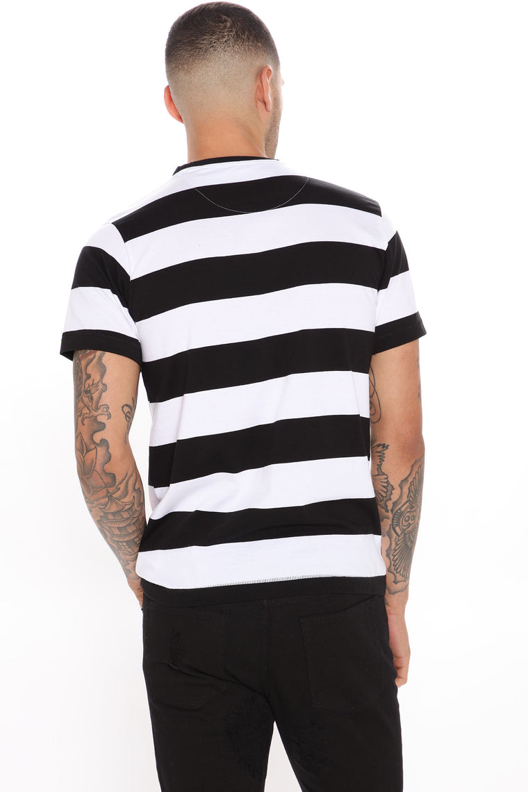 Under The Palm Short Sleeve Tee - Black/White