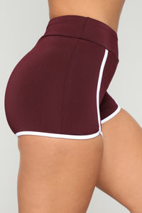 Always On The Move Shorts - Maroon