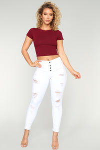 Jetsetter Exposed Buttons Distressed Jeans - White