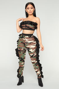 No Games Ruffle Lounge Set - Olive