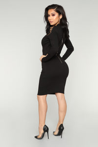 Think Again Midi Dress - Black